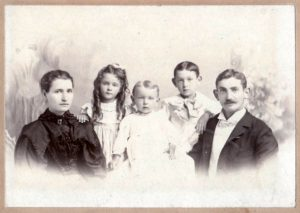 Adolph & Jenny Rofheart and their children Ruth, Robert & Will [my grandfather], in about 1898 in Manhattan.